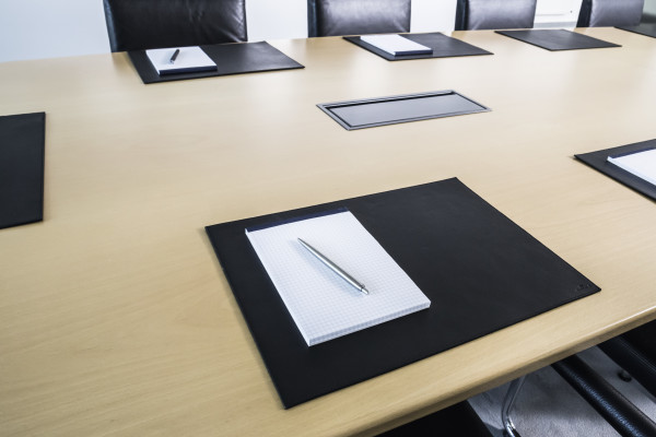 LEATHER DESK MAT FOR CONFERENCE ROOMS DURABLE - Conference room table mats
